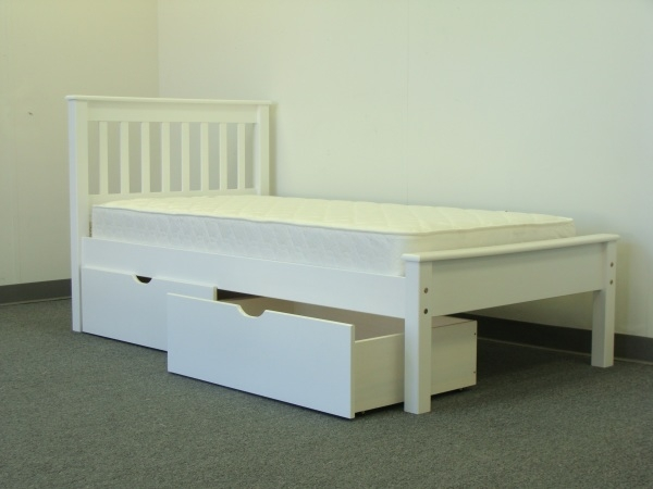 White Twin Bed with Drawers 600 x 450